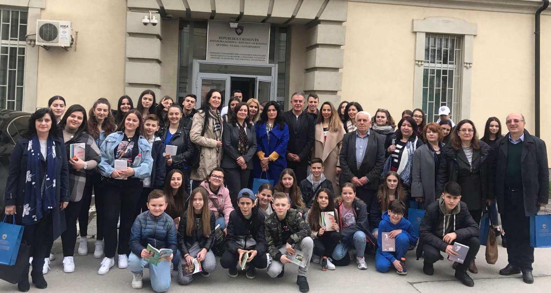 Ministria e Diasporës dhe shkolla shqiptare në Austri organizojnë ekskurzion në Kosovë e Shqipëri